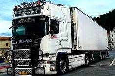 For sale truck Scania, 83,000.00 €